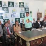 """Governo entrega prêmios da campanha """"Nota Piauiense"""""""